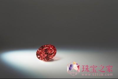拍品4:Argyle Kalina™「阿盖尔卡琳娜」,1.5克拉的椭圆形深彩粉红钻