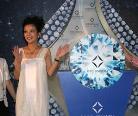 戴比尔斯北京钻石典藏馆:赵薇亲历永恒之美