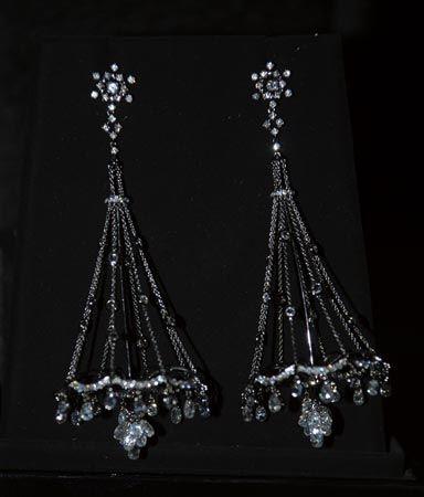 全国珠宝首饰制作技能竞赛作品集_珠宝设计_珠宝之家