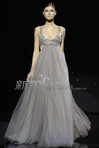 頂級服裝設計大師設計的新娘婚宴晚禮服