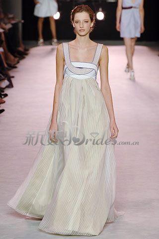 顶级服装设计大师设计的新娘婚宴晚礼服