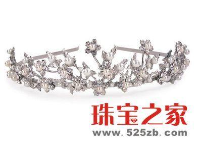 皇冠式水晶发卡 打造新娘发型风潮