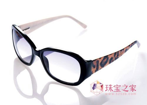 豹纹边框眼镜 alexandre zouari 2220 元