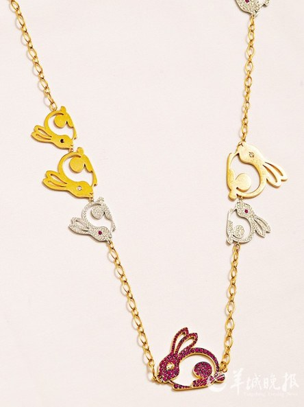 爬行动物,鱼类及昆虫等,当中更有于珠宝首饰设计中鲜见的罕有动物,如