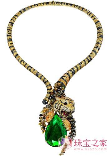 """作为萧邦150 周年高级珠宝""""动物世界""""系列最新的虎项链,以最精湛的"""
