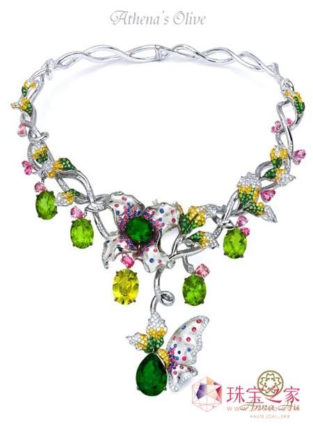 华裔珠宝设计师Anna Hu登华尔街日报头条
