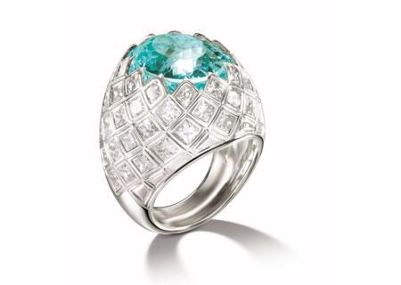 八款大品牌风格材质各异的结婚戒指赏析