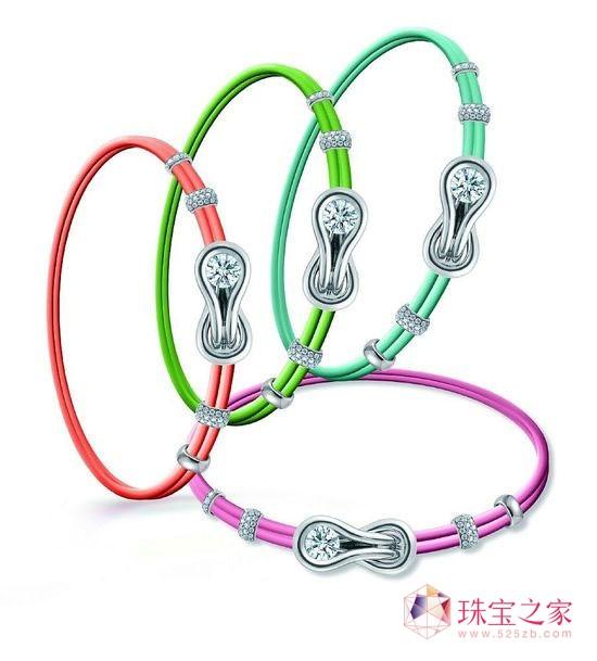 EncordiaTM拥爱系列新年特别款项链·手链