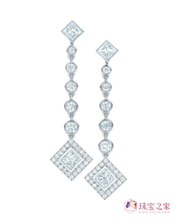 Tiffany Grace 系列,铂金公主方形及圆形钻石耳环
