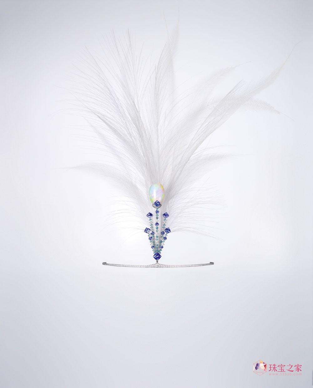 融汇CHAUMET二百多年卓越工艺彰显巴黎高级珠宝精髓 é12 Vendôme û高级珠宝系列