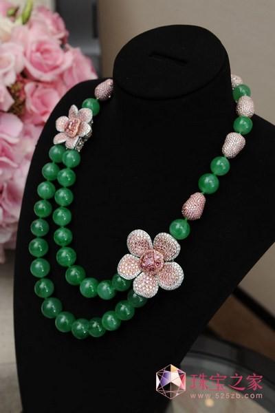 力拓价值550万美元阿盖尔粉红钻翡翠项链在港展出