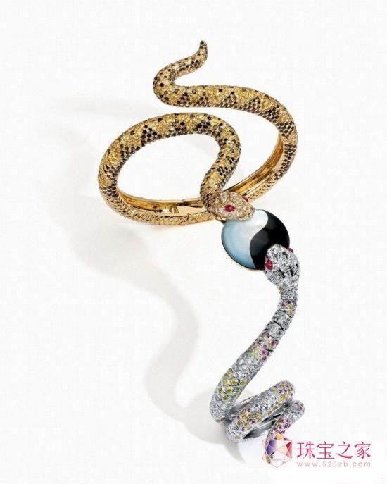 Anna Hu谈太极蛇形戒镯以及其设计