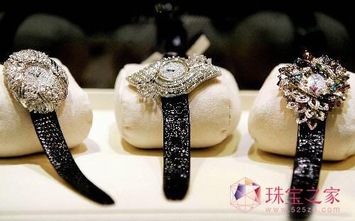 赴港买表购珠宝小心谨慎为妙