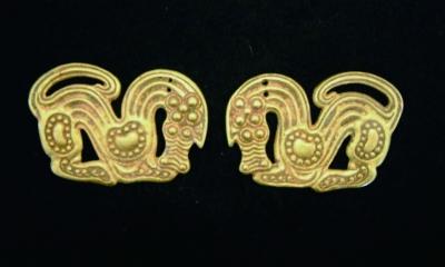 汉代兽形金饰