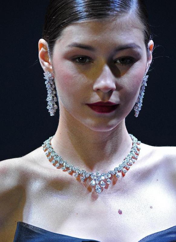新加坡国际珠宝首饰博览会开幕