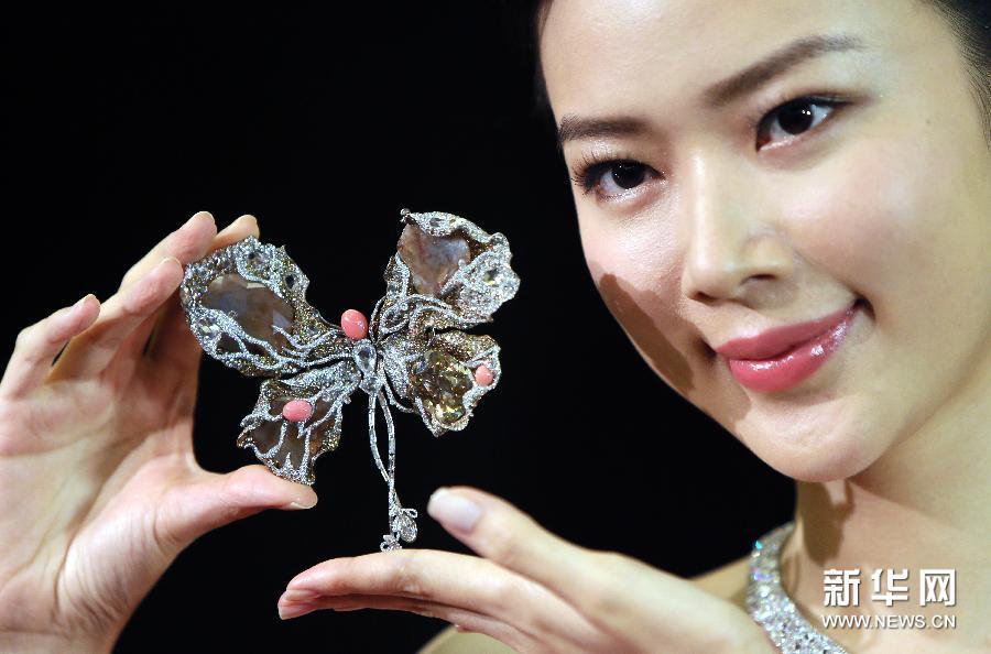 香港苏富比瑰丽珠宝及翡翠首饰2014年秋季拍卖会10月初举行