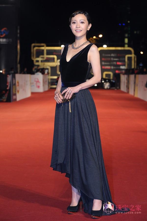 郭采洁佩戴POMELLATO珠宝 亮相第49届台湾电视金钟奖