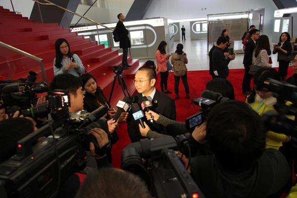 爱迪尔珠宝董事长苏日明接受CCTV、第一财经等多家媒体采访