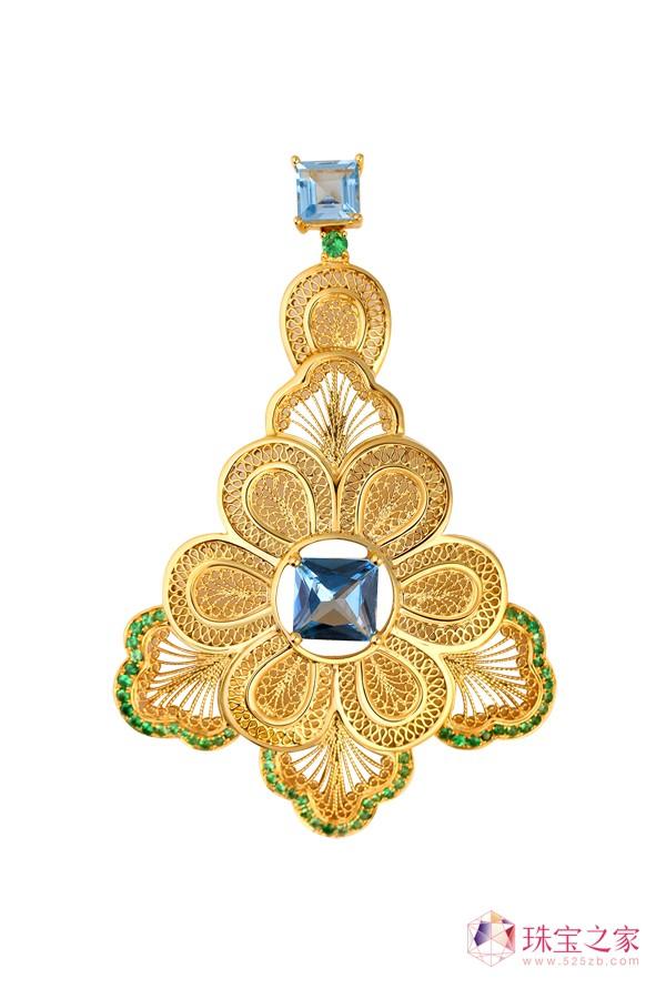 翠绿公司以独创的�钻石花丝工艺�解决了传统花丝首饰的高工费、难以量产等问题。5