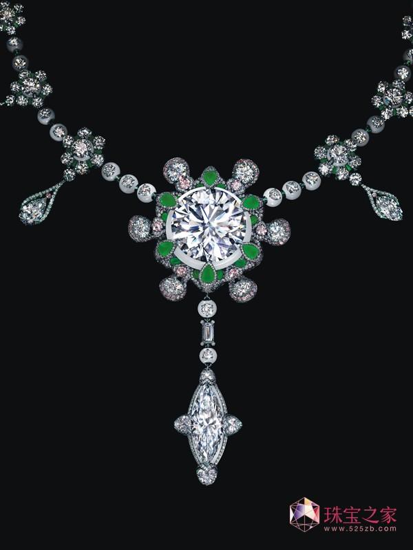 珠宝艺术家陈世英(Wallace Chan)创作而成的「裕世钻芳华」项链