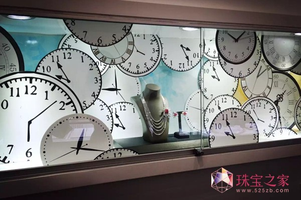 """爱迪尔珠宝品牌印记橱窗:在时间里沉淀的珠宝匠心""""表盘篇"""""""