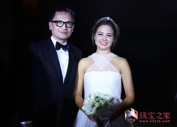 """第五届尚美上海半岛国际元媛舞会""""年度元媛""""Serena Guen"""