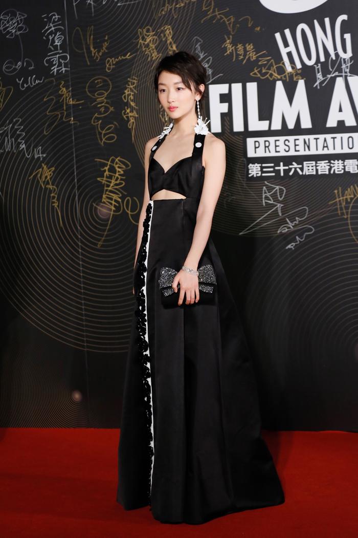 萧邦携手周冬雨闪耀2017香港金像奖