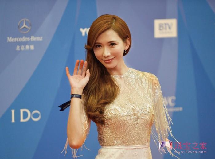 林志玲亮相北京国际电影节开幕红毯