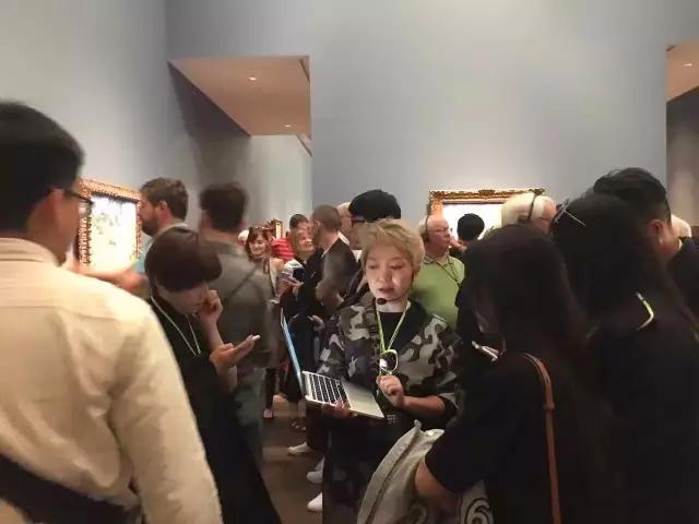 上午游览LV艺术基金会,了解当代艺术的精髓;下午游览巴黎皇家歌剧院,揭启近代欧洲艺术的辉煌序幕。