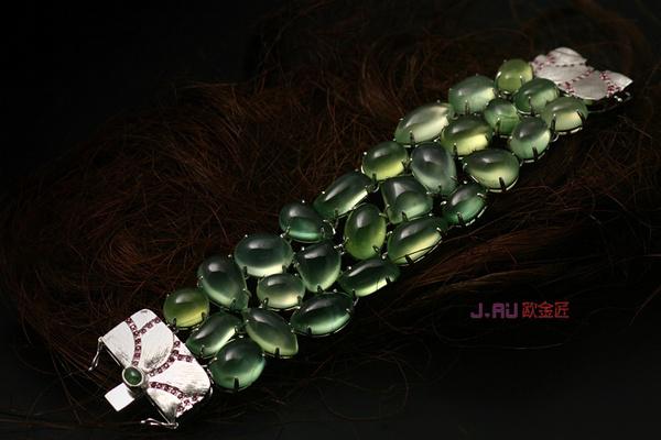 欧群叶珠宝设计师,沉迷诗画语言 作有中国气质的珠宝设计