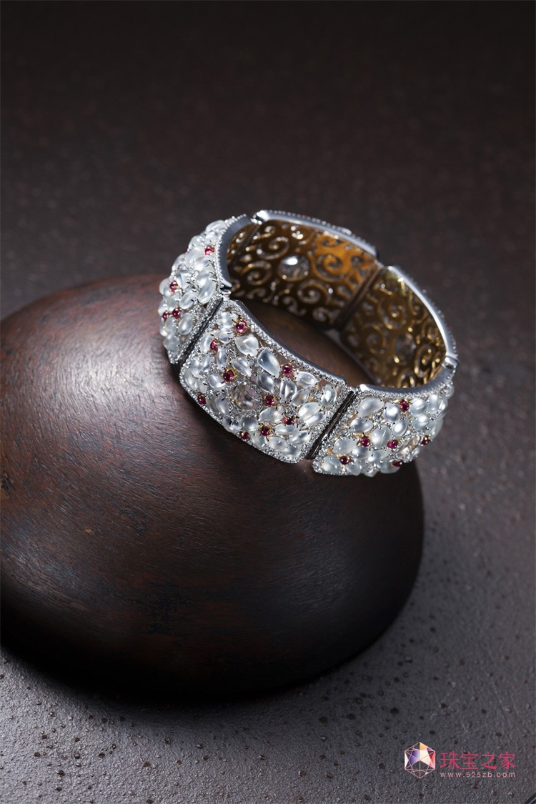 康玲纹Ammie Kang 赏鉴作品顶康珠宝 珠宝设计 自我 幻想 思想