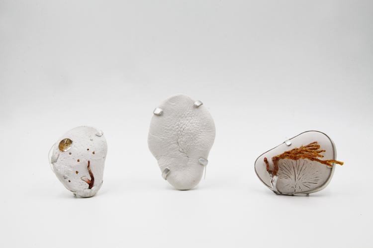 谷明 设计美学 当代首饰 雕塑 建筑 首饰语言 材料 寄生虫 身体 记录 自我