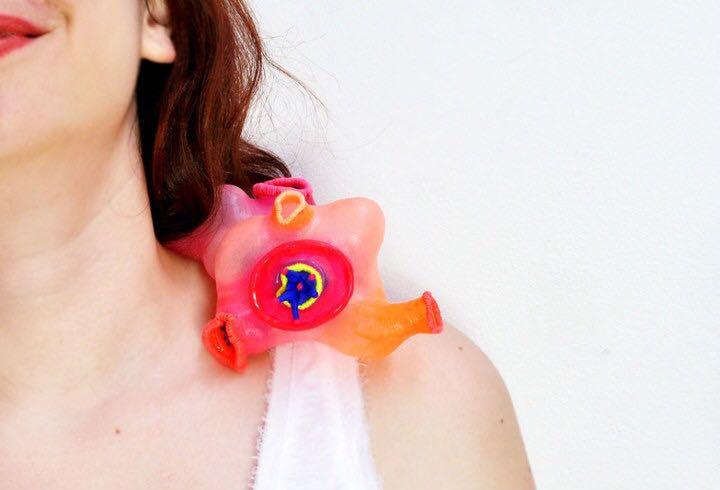 【Parasite寄生物】系列谷明 设计美学 当代首饰 雕塑 建筑 首饰语言 材料 寄生虫 身体 记录 自我