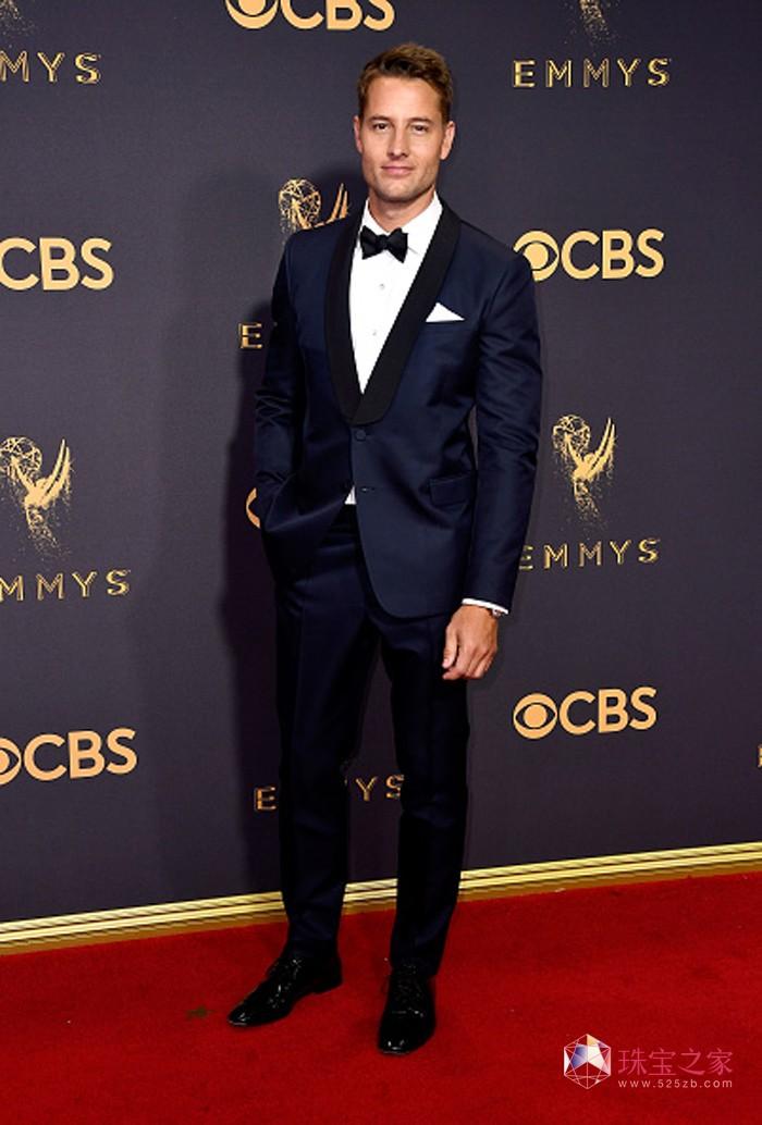 贾斯汀·哈特雷(Justin Hartley)佩戴万宝龙传承典藏系列日历自动上链腕表亮相第69届艾美奖颁奖典礼