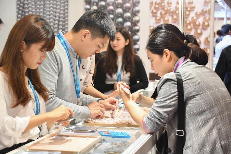 第二十五届香港国际珠宝厂商展览会(JMA Hong Kong)开幕